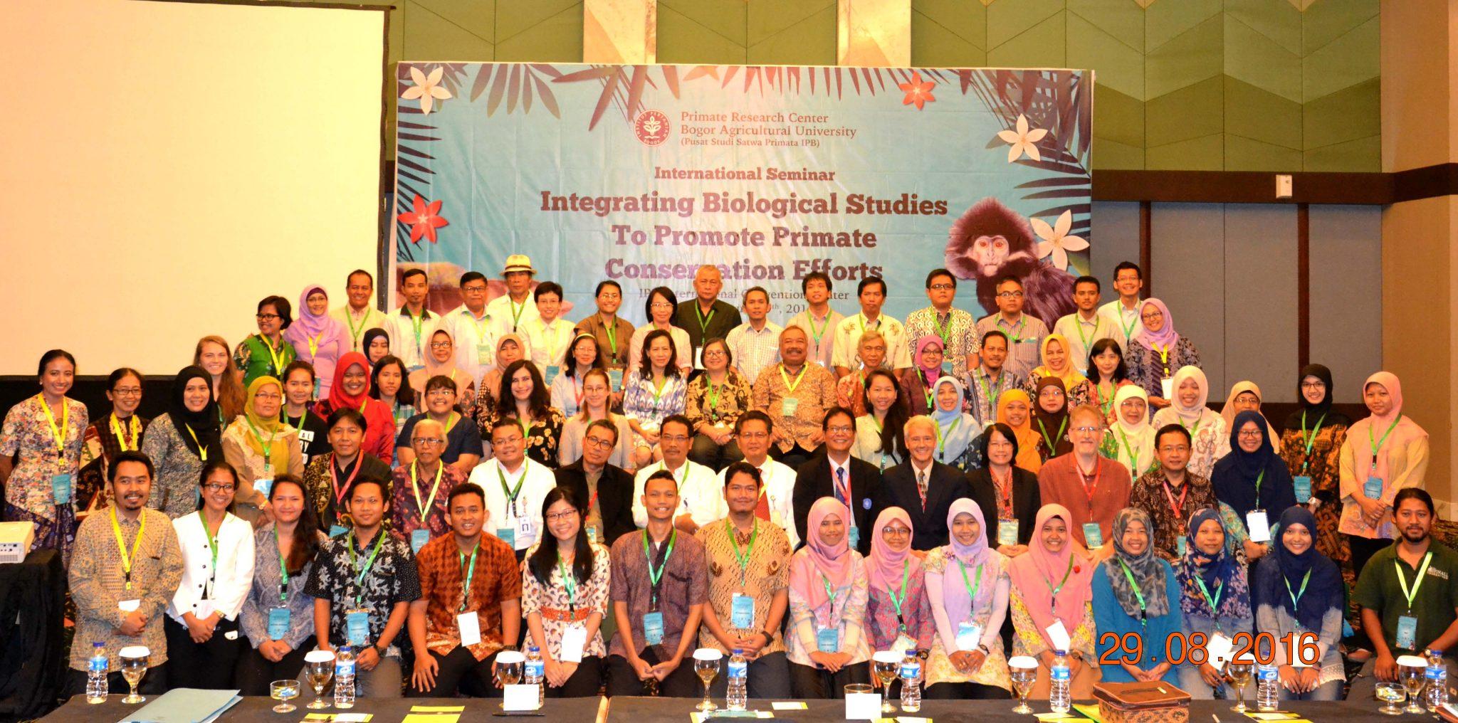 Foto Bersama Peserta dan Pembicara Seminar Internasional PSSP 2016