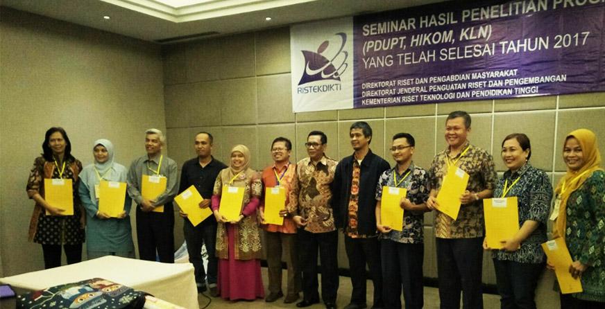 Peneliti PSSP Terima Penghargaan dari Kemenristekdikti