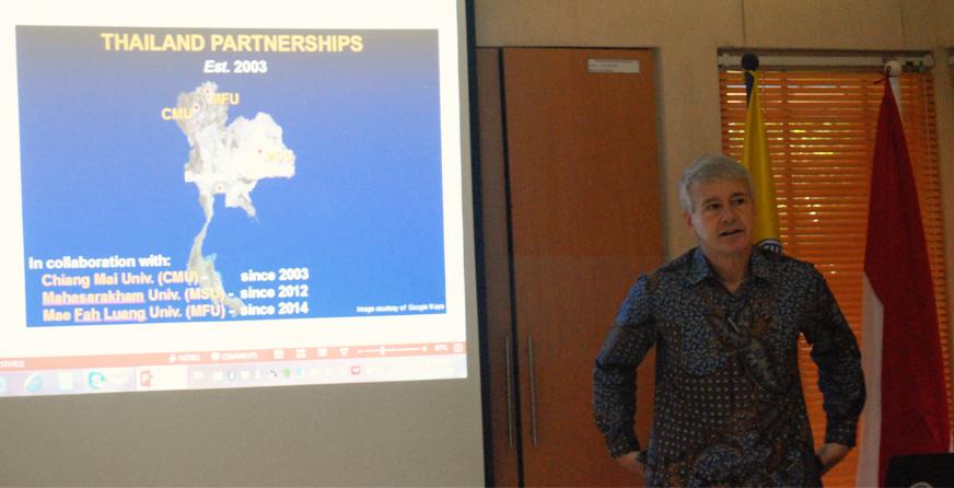 Randall C Kyes Narasumber Seminar Primatology from Global Perspective
