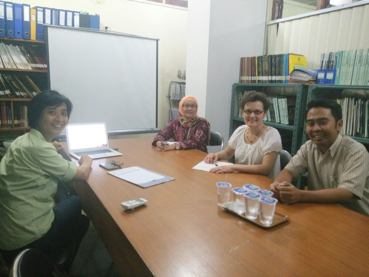 Pertemuan dengan Dr Tobi E. Nagel dari Phage for Global Health